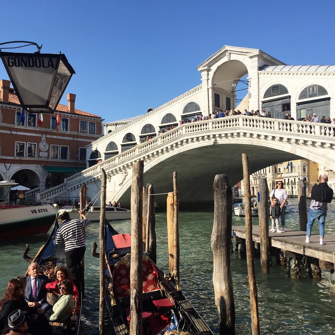 rialto rialtobridge venezia venice gondel canalgrande Weiterlesen