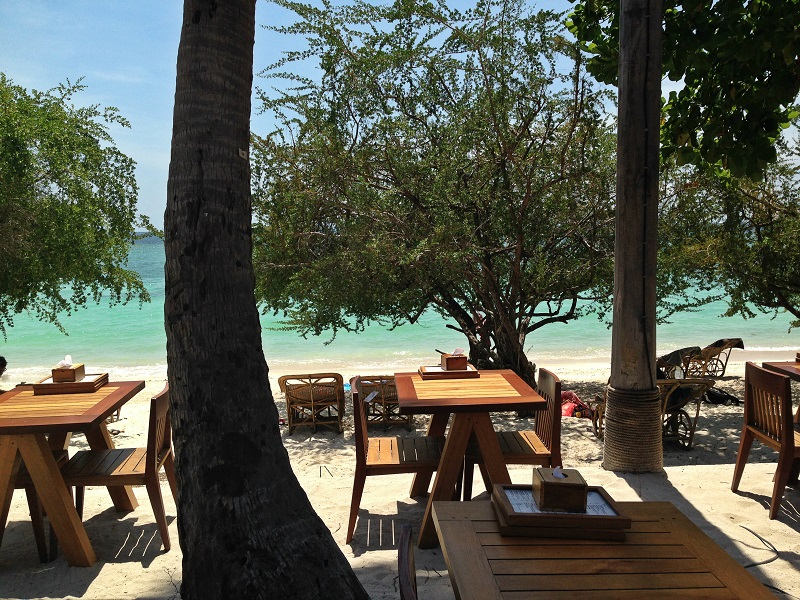 Koh Tao_Haad Tien Beach Resort Beach Bar