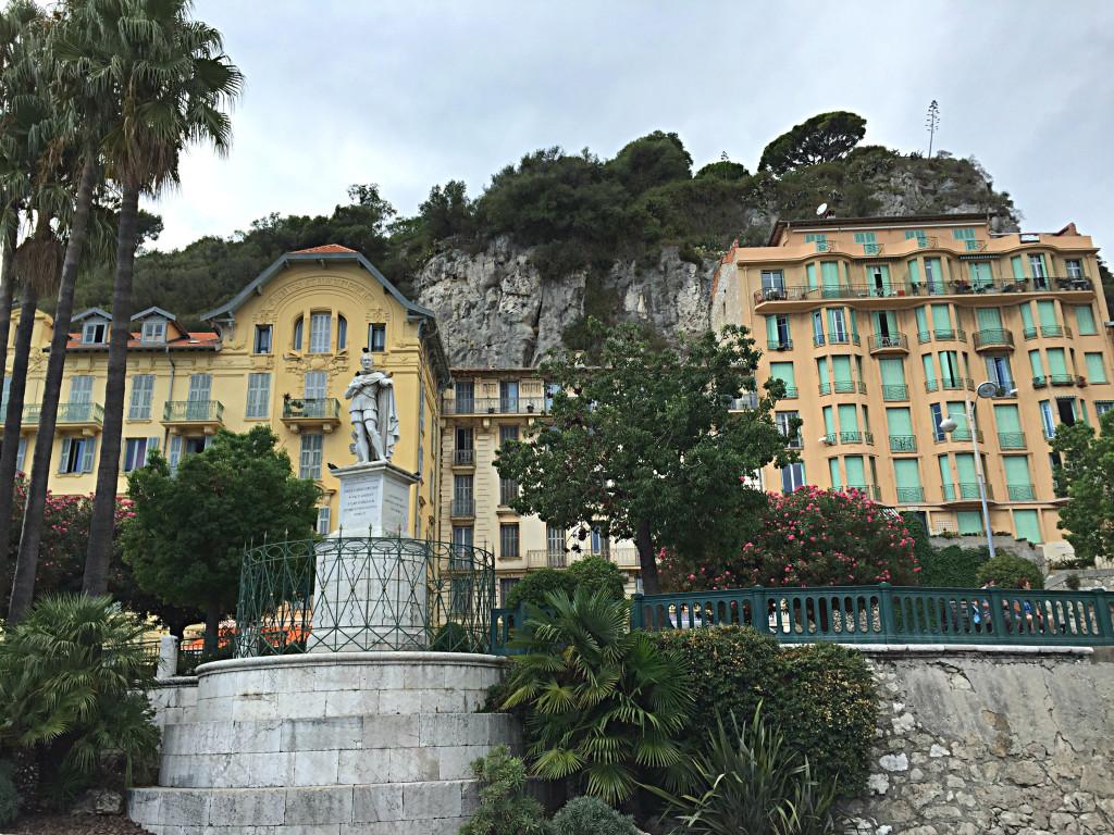 Am Hafen von Nizza